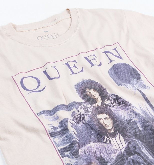 Beige Vintage Queen Keep Yourself Alive T-Shirt