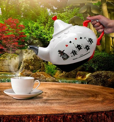 Disney Queen Of Hearts Alice In Wonderland Teapot