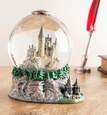 Harry Potter Hogwarts Snow Globe