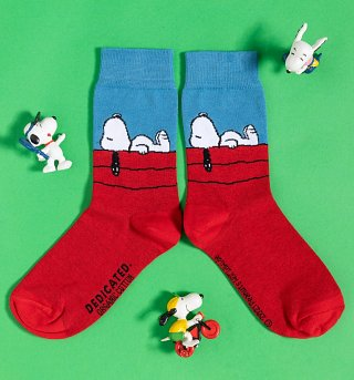 Organic Peanuts Snoopy Socks from Dedicated