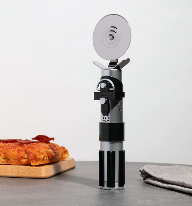 Star Wars Darth Vader Lightsaber Pizza Cutter With Sounds
