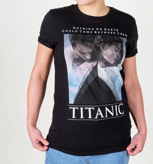 Titanic Movie Poster Black Boyfriend Fit Rolled Sleeve T-Shirt